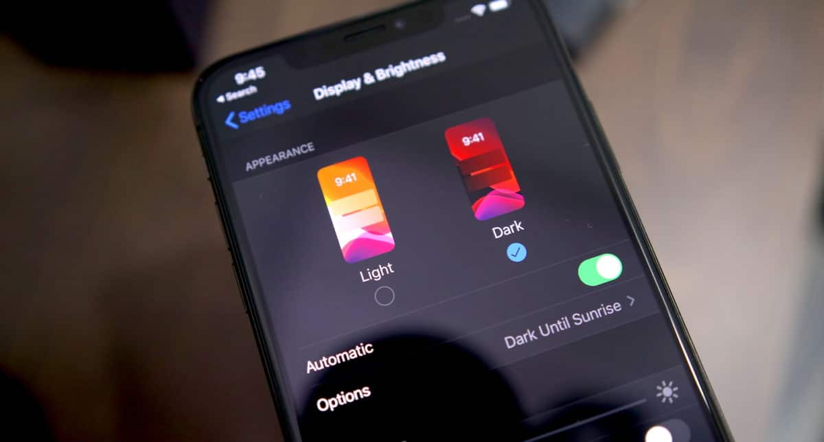 iOS 13 Dark Mode Enable iPhone